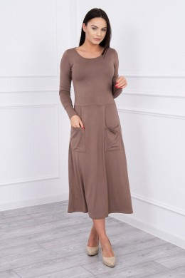 Suknelė su blizgančia kišene (Kapučino)