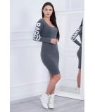 Suknelė su užrašu (Grafito) (Švelnios spalvos)