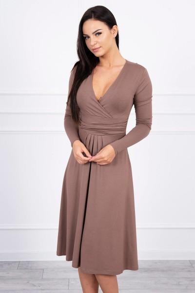 Suknelė su lengvai aptemta zona po krūtine (Kapučino)