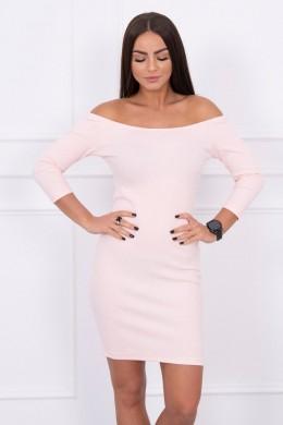 Aptempta suknelė - atvirais pečiais (Šviesiai) (Rožinė)