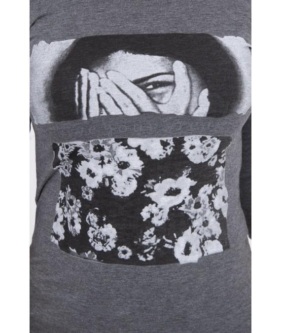 Palaidinė - su veidu ir gėlėmis, (Grafito)