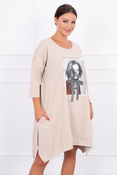 Suknelė su aplikacija ir platėjančiu sijonu (Smėlio spalva)