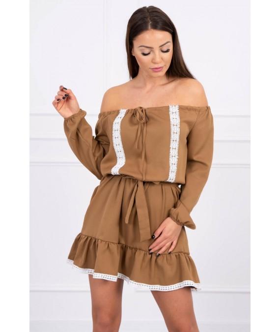 Žavinga suknelėir lace (Šviesiai ruda)