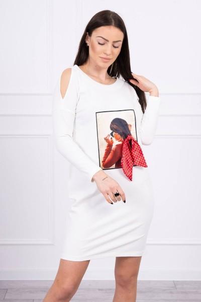 Suknelė su kaspino 3D aplikacija (Šilko spalva)
