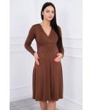 Suknelė su lengvai aptemta zona po krūtine (Ruda)